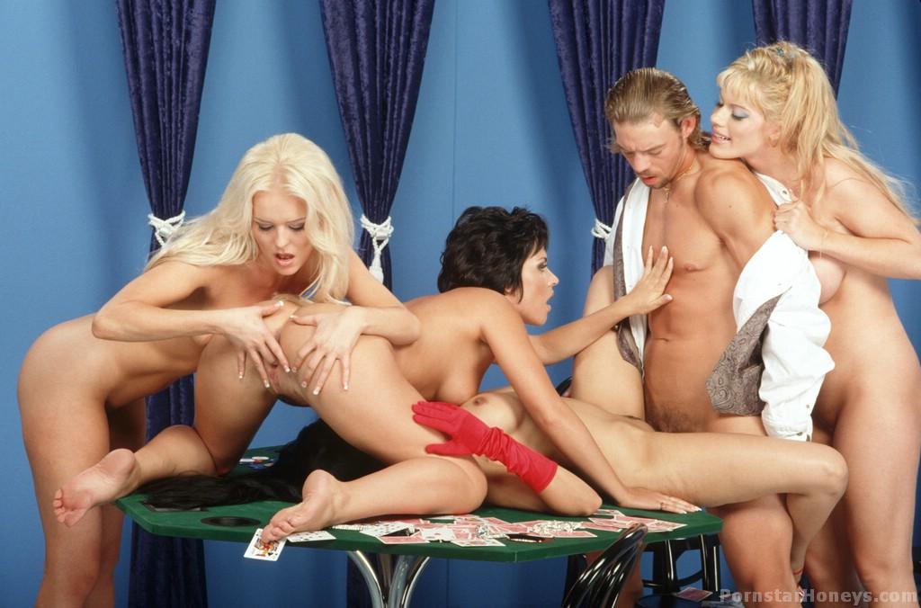 порно группового молодежного фото